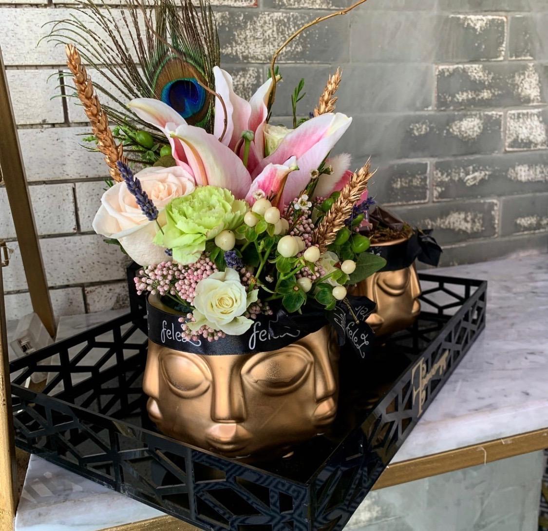 صينيه فخمة 'زهور مع قاعدة زهور مع قاعدة