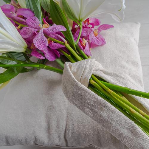 Lilies Pillow  'Bouquets Bouquets