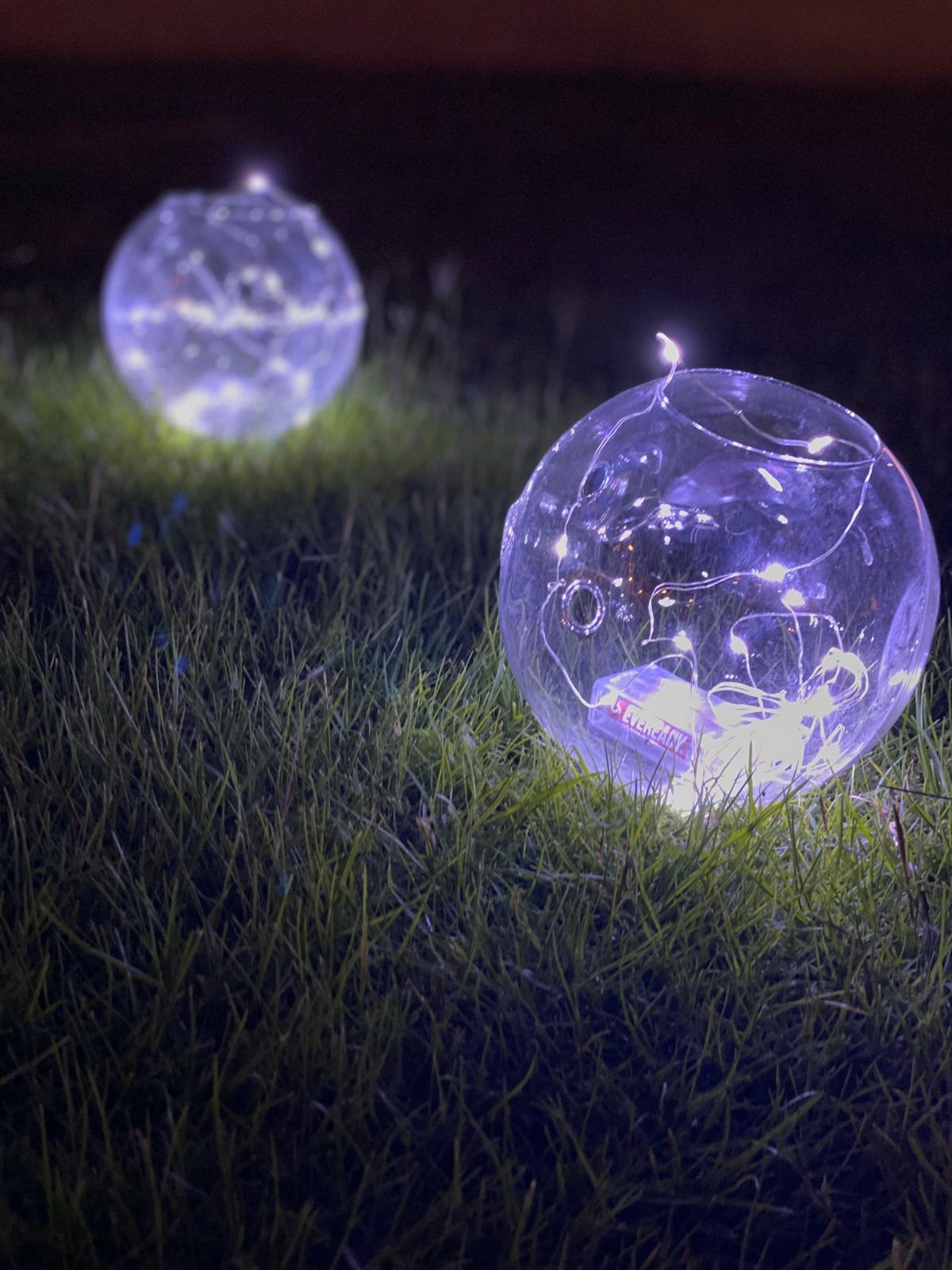 فازات زجاجية مدورة وصغيرة مع إضاءة -5 فازات  Online