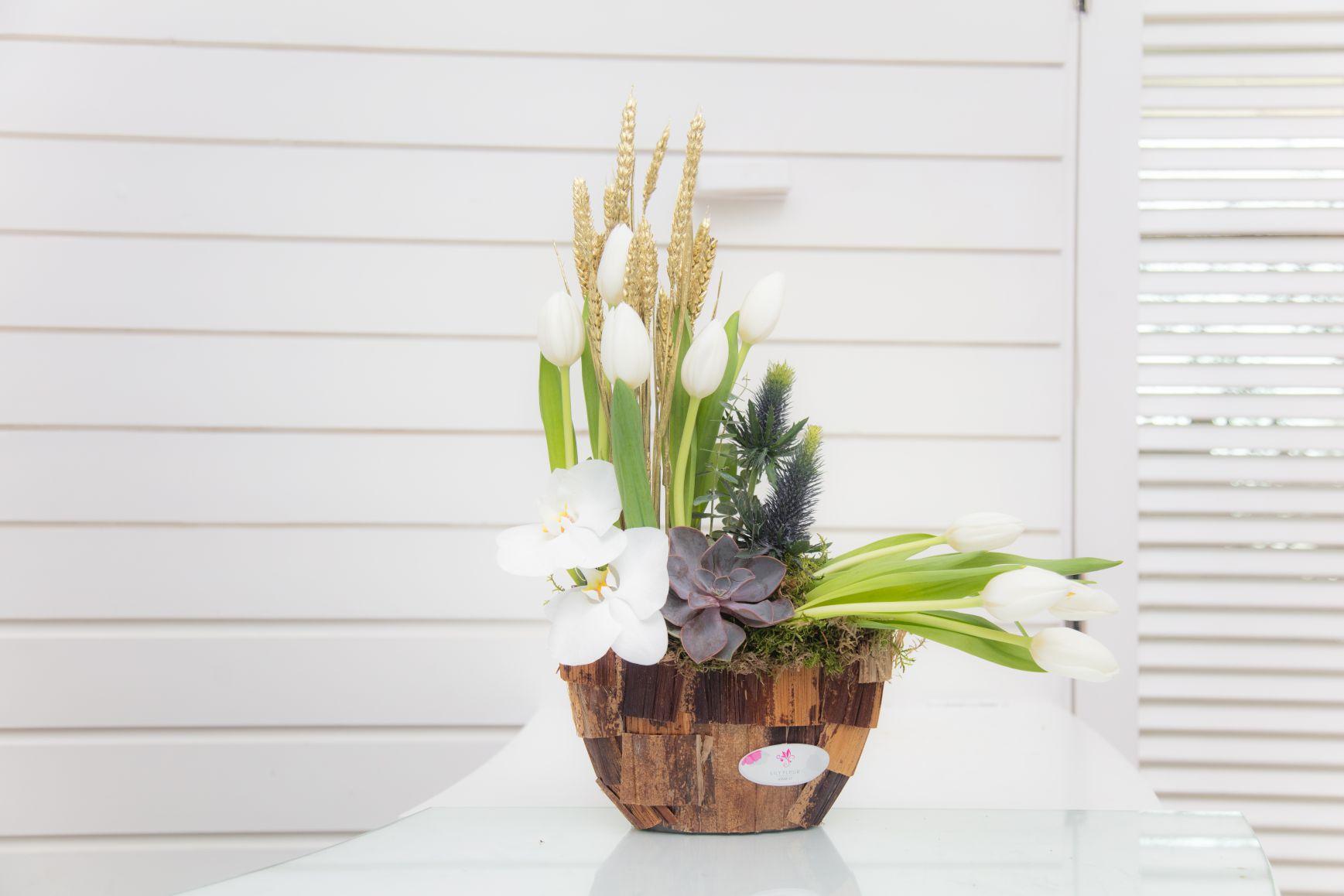 جمال الصيف زهور مع قاعدة