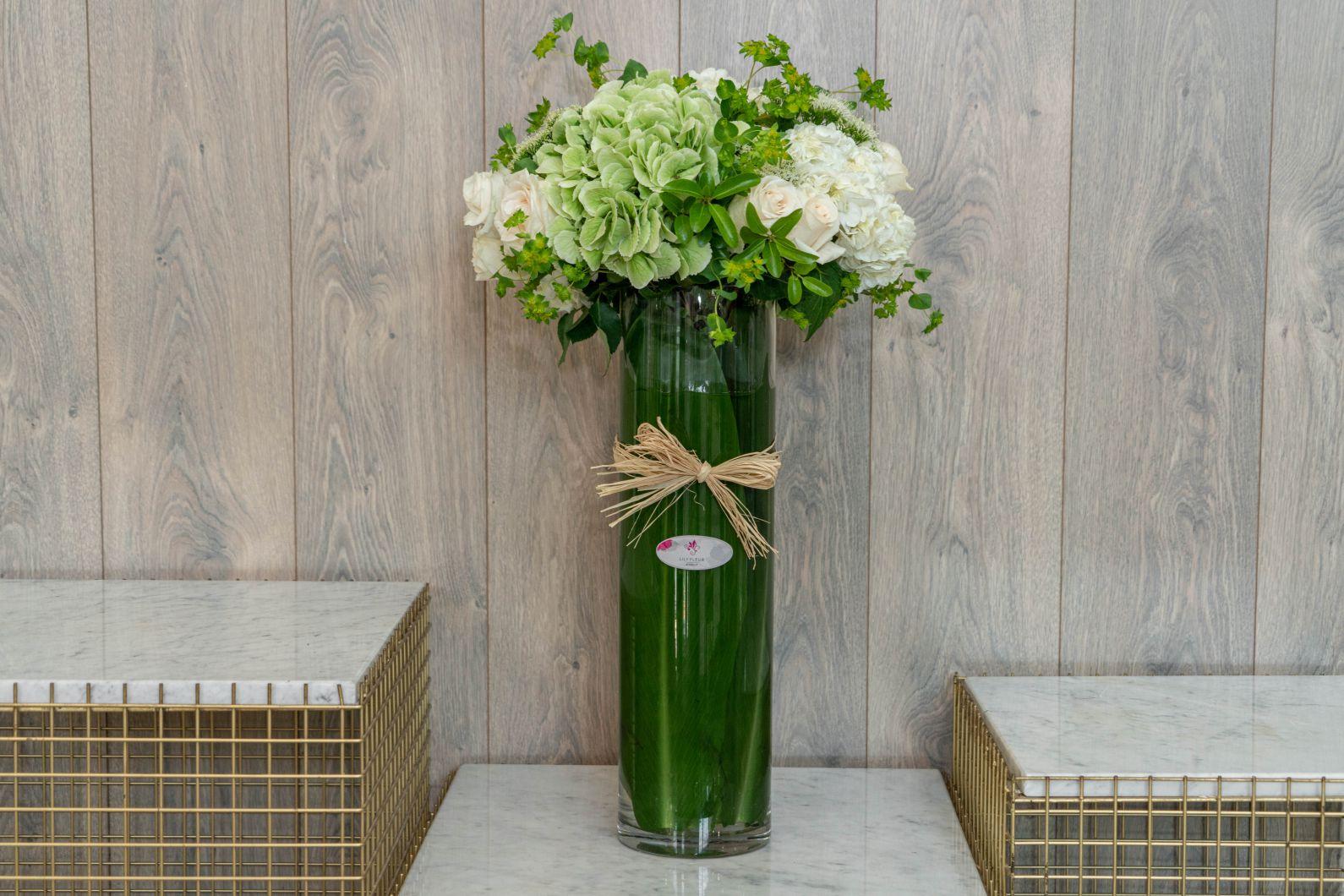 جنتل مان 'زهور مع قاعدة'