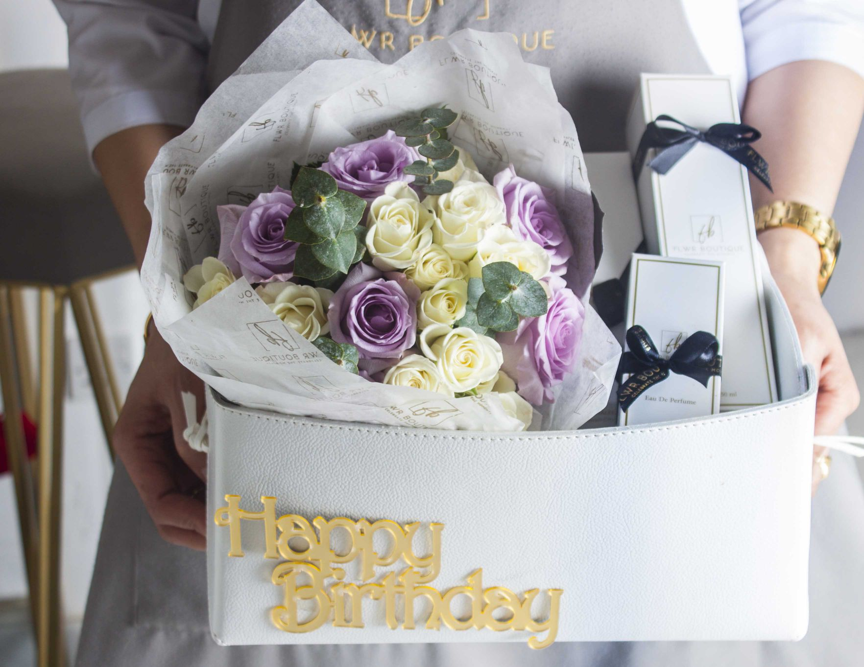 Birthday Leather Basket- white Combo Pack