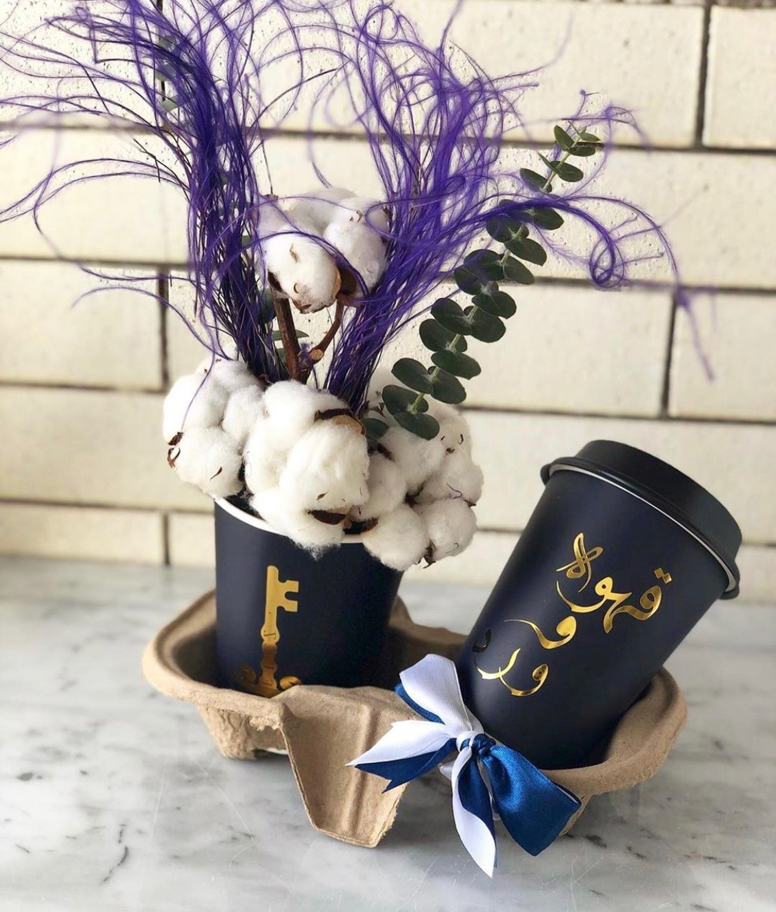 cups holder Bouquets