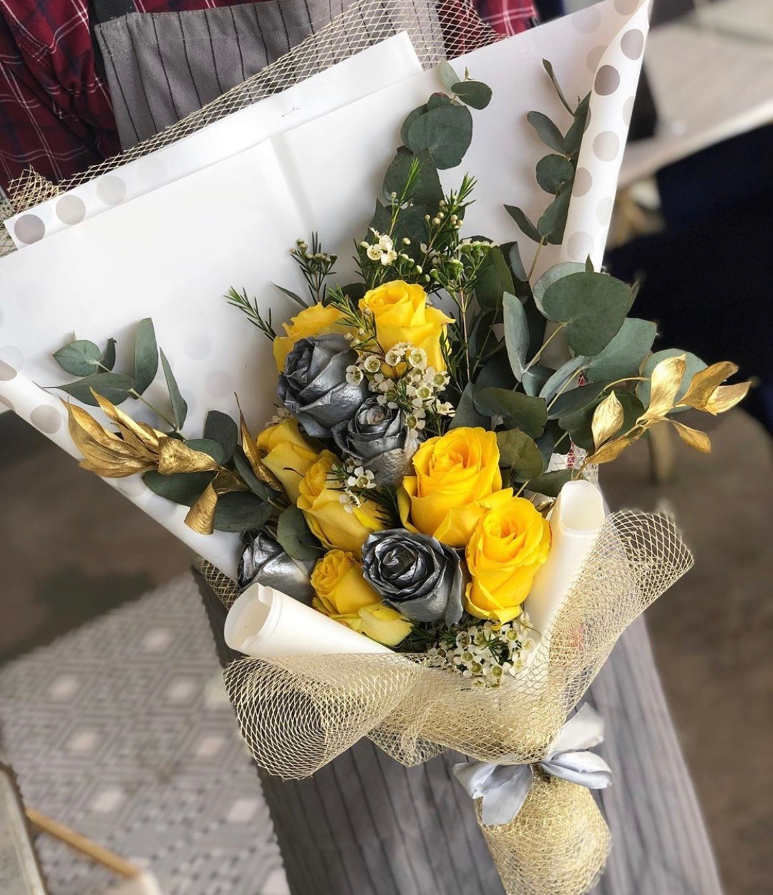 yellow with silver Bouquets