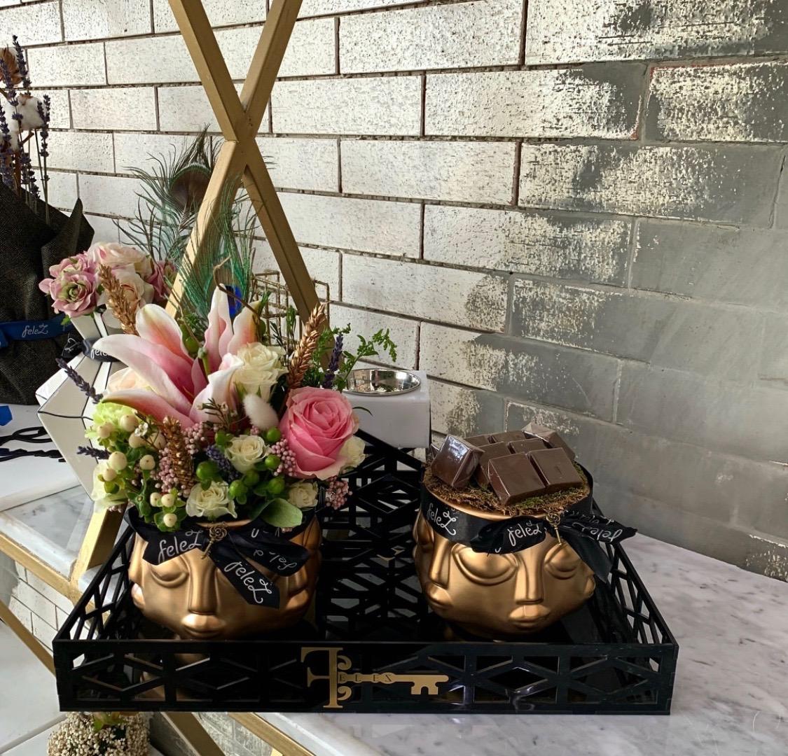صينيه فخمة 'زهور مع قاعدة'