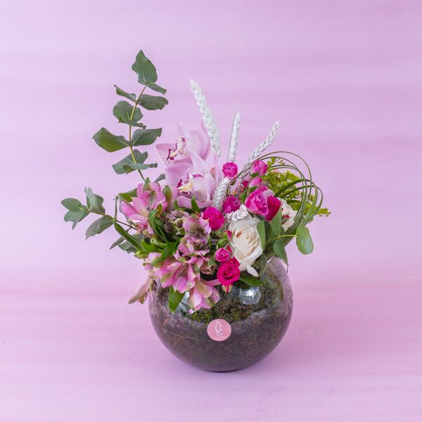 وسطي زهور مع قاعدة