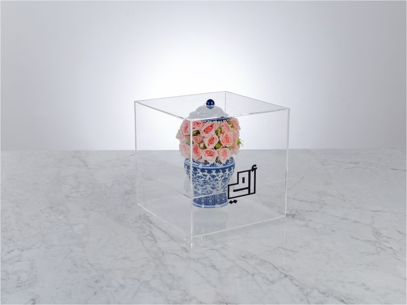 Omi Blue 'Flower with Base'