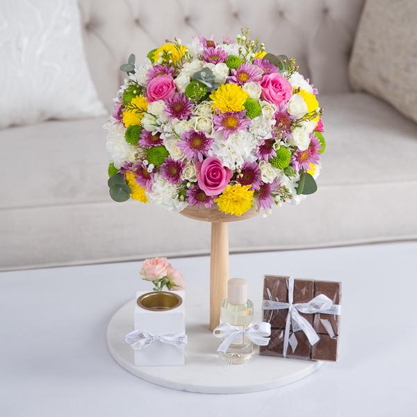 Elizabeth 'Flower with Base'