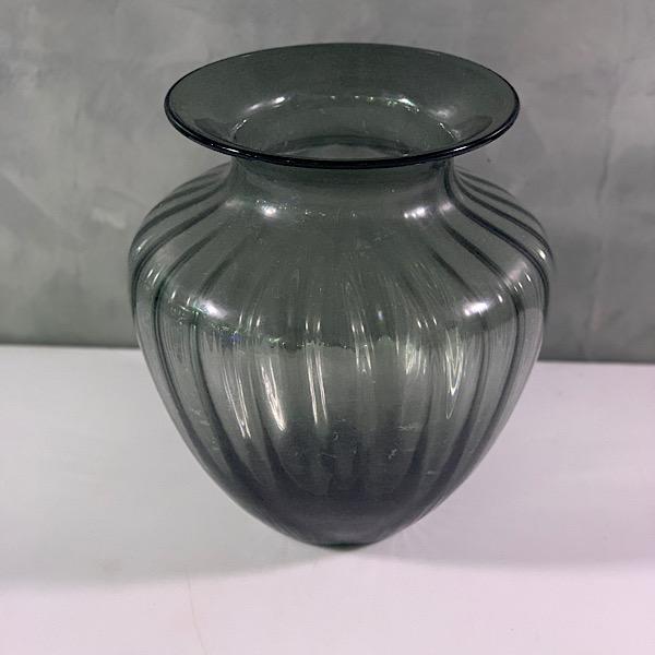 classic rib vase Pots & Vases