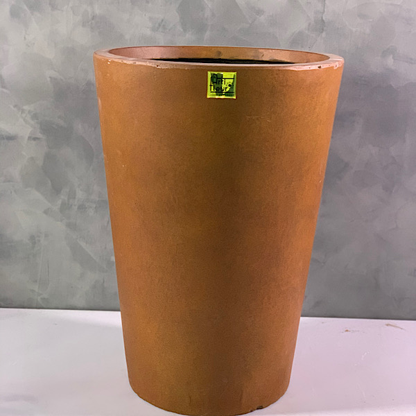 rust tapered planter 2 Pots & Vases