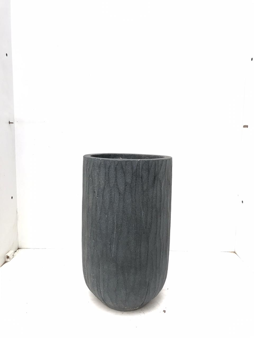 Vase Sep Black Small 'Pots & Vases'