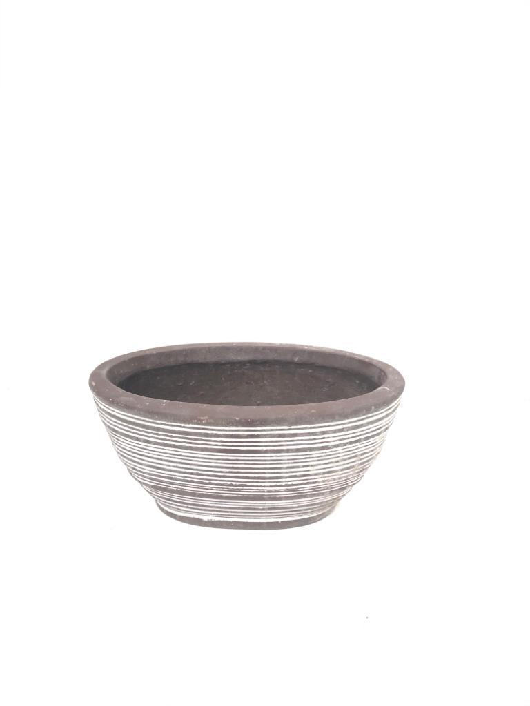 وعاء فيكونستون بيضاوي - صغير 'أواني و مزهريات'