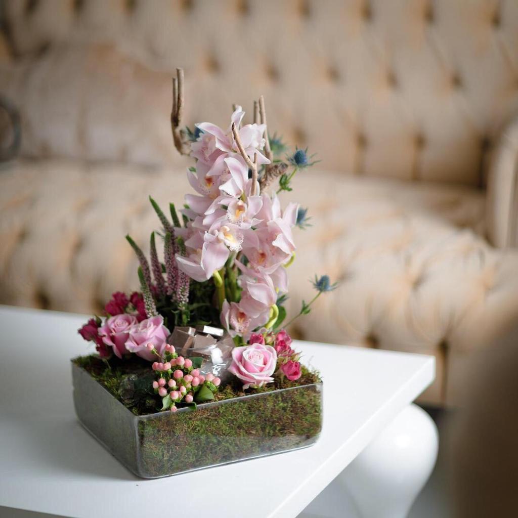 فايبس زهور مع قاعدة