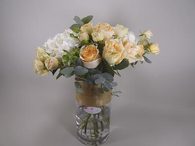 جاردن دي روز الذهبية  باقة زهور