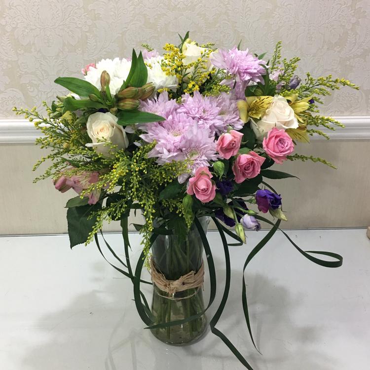 سبرينج فلورز  'زهور مع قاعدة'