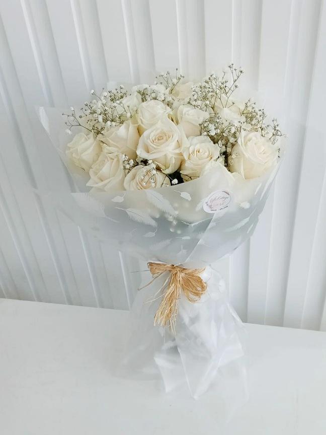 بوكيه ورد - أبيض 'باقة زهور'