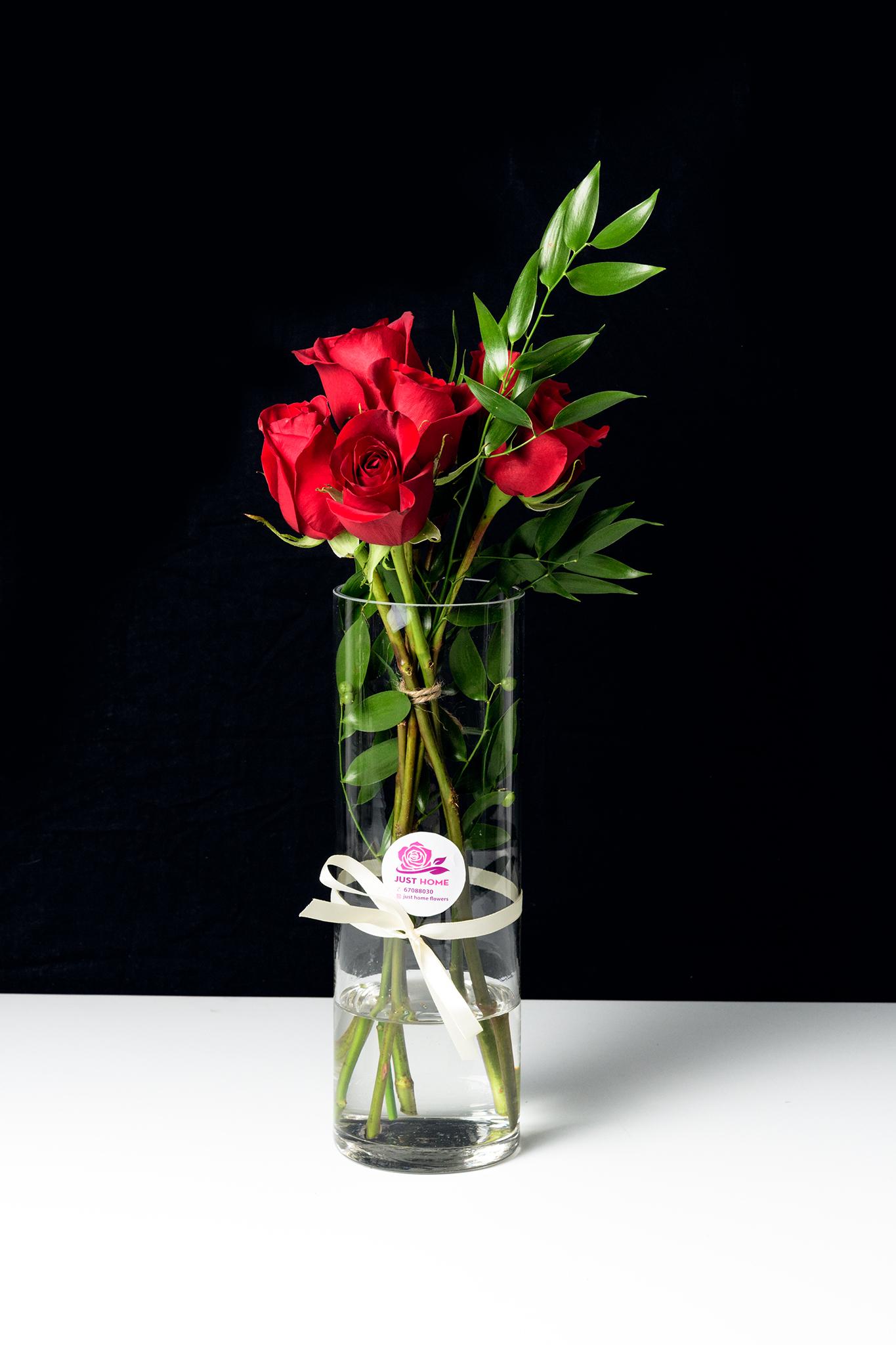 الحبيب 'زهور مع قاعدة'