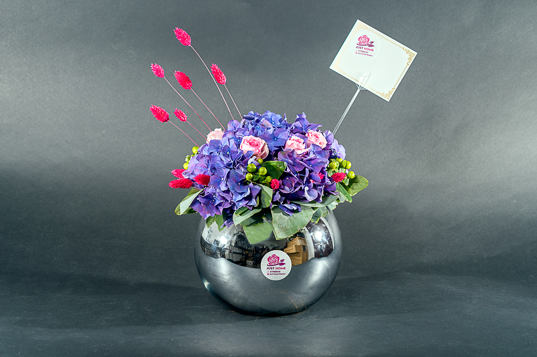Love And Care 'Flower with Base'
