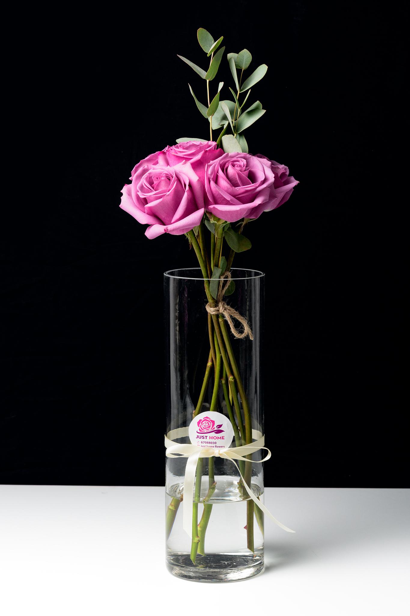 حب النجاح 'زهور مع قاعدة'
