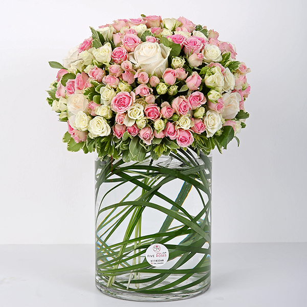 White & Pink Flowers Vase 'Bouquets'