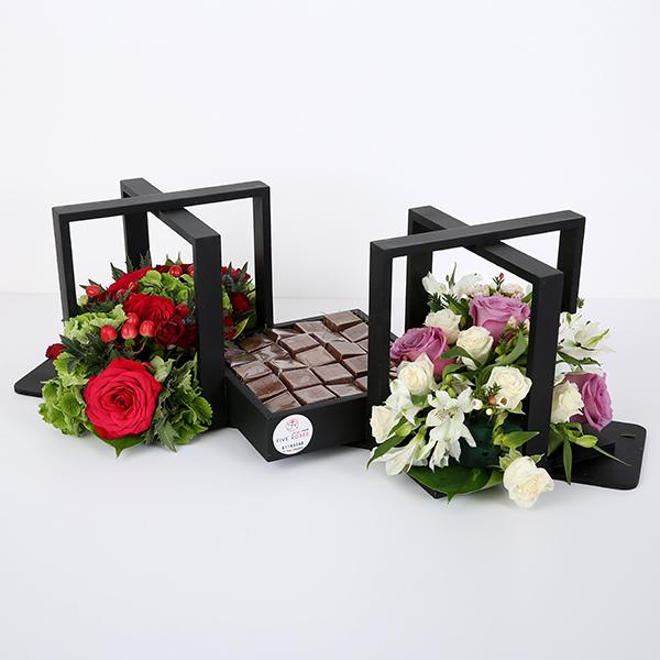 صينية ورد وشوكولاتة - أسود 'باقة زهور'
