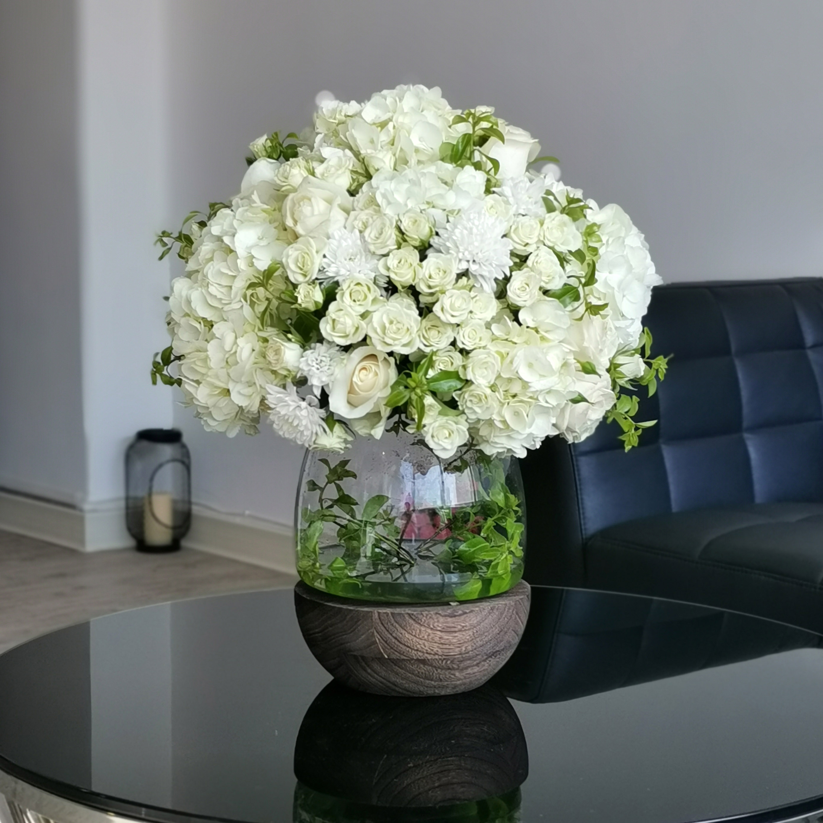 White Moon 'Bouquets'
