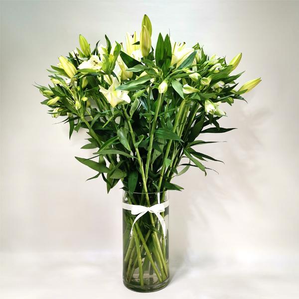 إناء ليليوم 'زهور مع قاعدة'