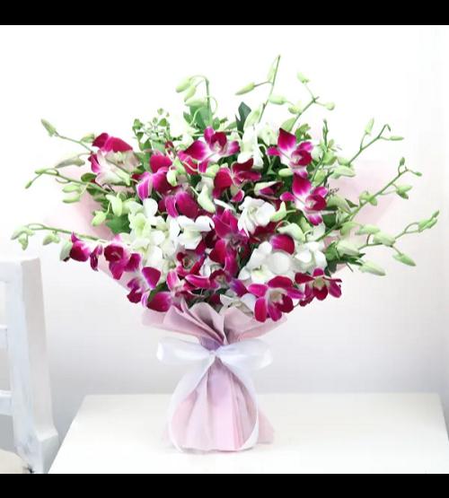 بوكيه وهمسكل - أبيض ووردي 'باقة زهور'
