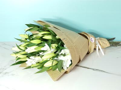 بوكيه الزنبق 1 باقة زهور