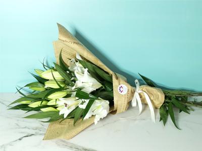 بوكيه الزنبق 2 باقة زهور