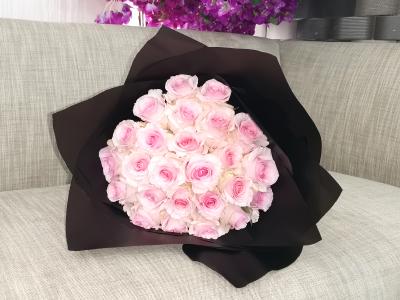جمال الزهرة الوردية باقة زهور