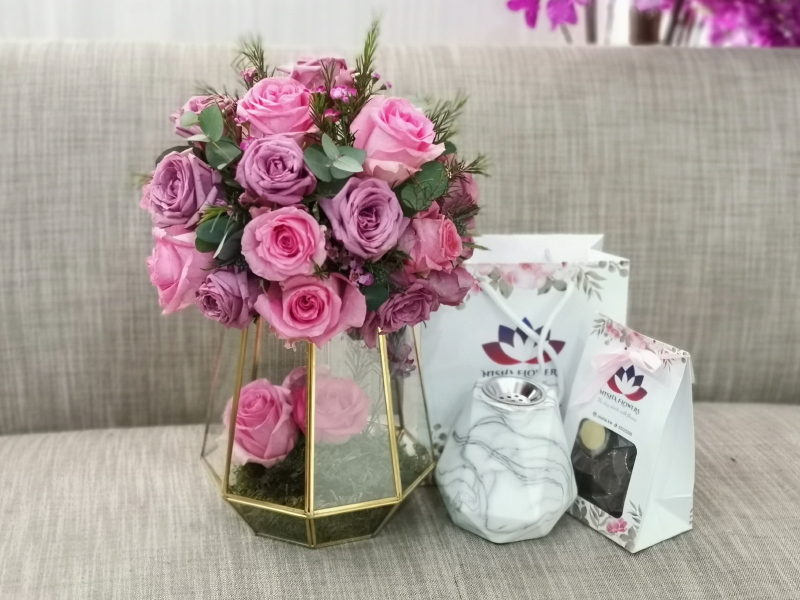 Pink Gold Vase Combo Combo Pack