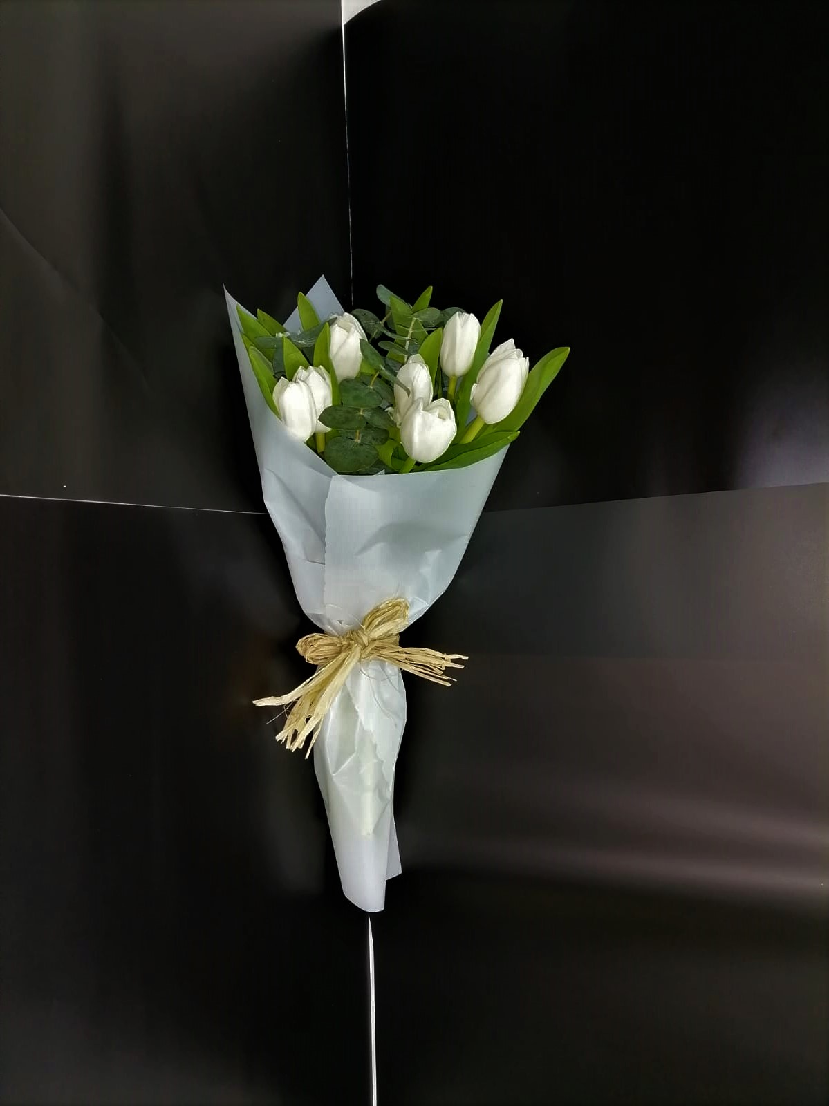 white beauty tulips Bouquets