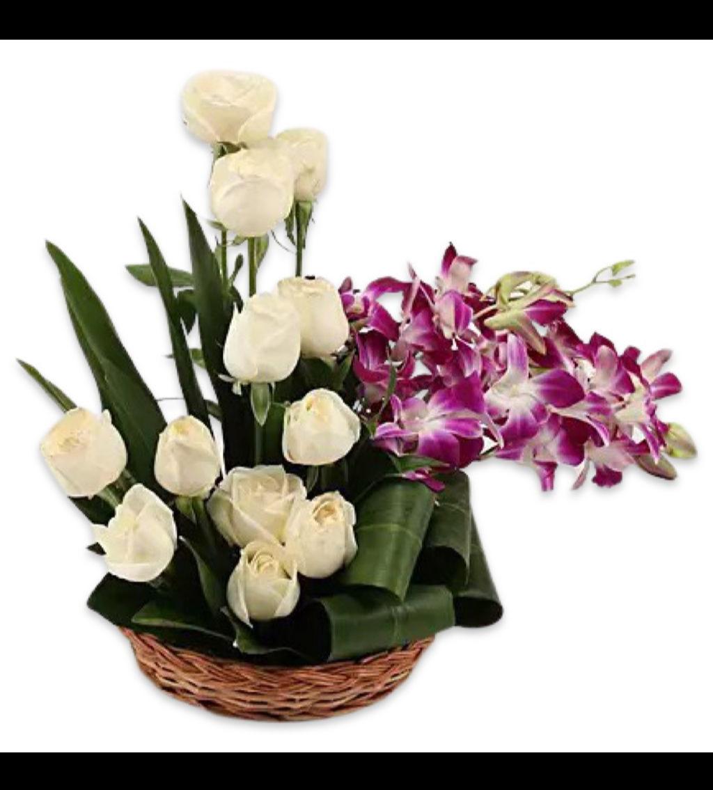 تنسيق ورد بكي زهور مع قاعدة